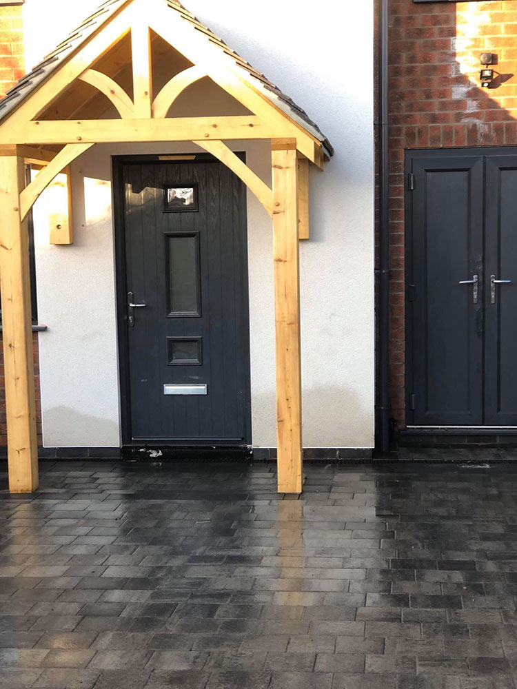 Tobermore Shannon drive in slate with charcoal border